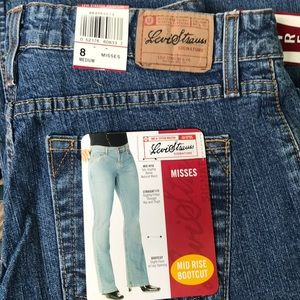 Levi Strauss Signature Bootcut Jeans - Women